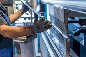 metodi tradizionali - stampa 3D per soli acciai- meccanica
